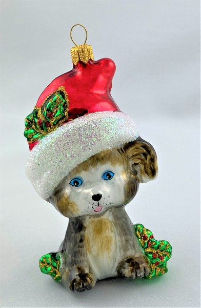 Grauer Hund mit Weihnachtsmütze