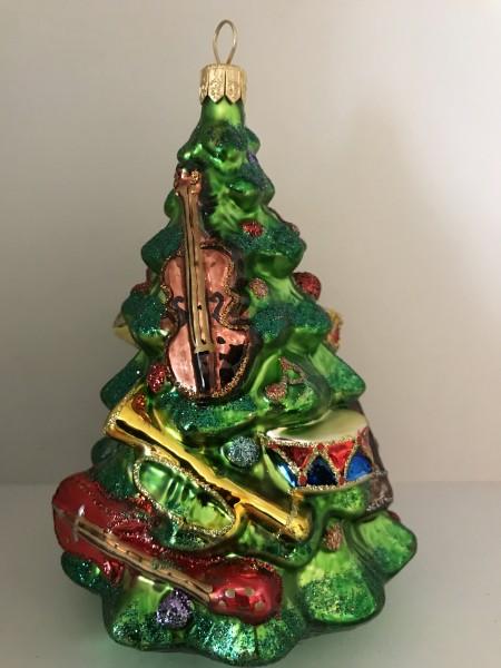 Christbaum geschmückt mit Musikinstrumenten