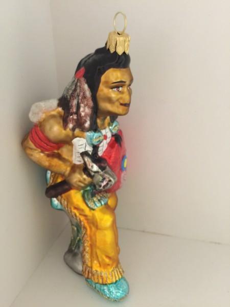 Indianer mit Kriegsbeil