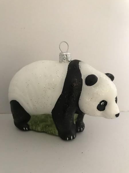 Stehender Panda-Bär