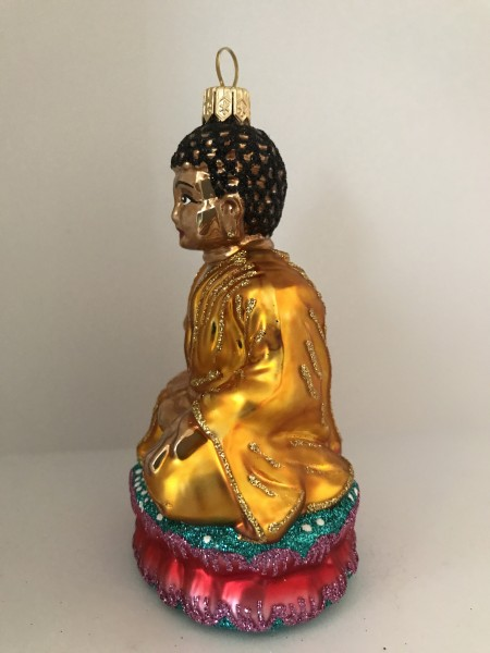 Buddha auf Lotusblume