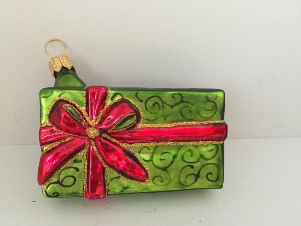 Geschenkpäckli grün mit rotem Band